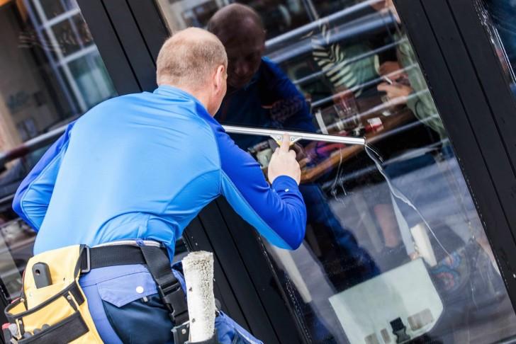 technicien proprete vitres