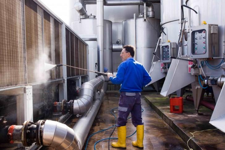 Methode nettoyage surface industrielle
